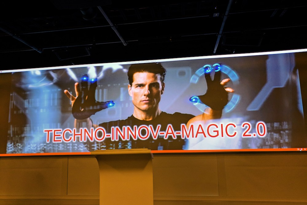 Tom Cruise from Minority Report gesturing to make TECHNO-INNOV-A-MAGIC 2.0